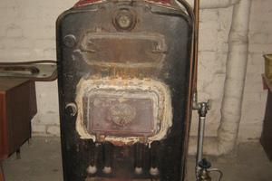 """<div class=""""bildtext_1"""">Mit Gasbrenner umgebauter Kohlekessel – musste wegen Eigentümerwechsel erneuert werden</div>"""