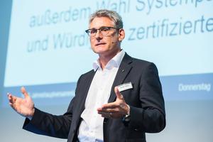 """<div class=""""bildtext_1"""">Harald Belzer, Vorstand SHK AG</div>"""