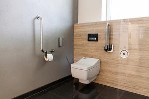 """<div class=""""bildtext_1"""">Das """"Washlet SG"""" bietet alle Standards, mit denen Toto-Washlets ausgestattet werden können. So verfügt es neben der charakteristischen Warmwasserdusche über einen beheizbaren Sitz, ein geruchsabsorbierendes Filtersystem, einen Trockner und die neue """"ewater+""""-Funktion mit reinigender und antibakterieller Wirkung. </div>"""