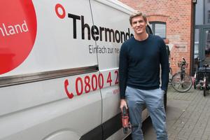 """<div class=""""bildtext_1"""">Geschäftsführer Philipp A. Pausder hat Thermondo 2012 gemeinsam mit Florian Tetzlaff und Kristofer Fichtner mit dem Ziel gegründet, die Energiewende voranzutreiben.</div>"""