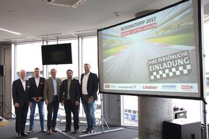 """<div class=""""bildtext_1"""">Die fünf Gastgeber freuten sich über knapp 100 Teilnehmer am Hockenheimring.</div>"""
