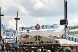 """<div class=""""bildtext_1"""">Das Pschorr-Bräurosl </div>"""