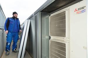 """<div class=""""bildtext_1"""">Die sechs in Kaskade geschalteten Luft/Wasser-Wärmepumpen können im effizienten Teillastbetrieb arbeiten.</div>"""
