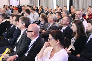 """<div class=""""bildtext_1"""">Teilnehmer der 4. Leading Air Convention von Daikin in Norderstedt</div>"""