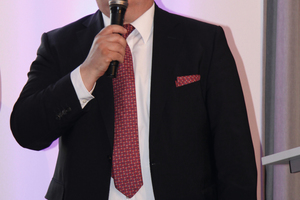 """<div class=""""bildtext_1"""">Thorsten Schütte, der Bauherr des Hotels Nordport Plaza, ist überzeugt von der eingesetzten Gebäudetechnik.</div>"""