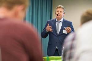 """<div class=""""Bildtext 1"""">Martin Beisemann, FläktGroup Deutschland GmbH, stellte Behaglichkeit und Nachhaltigkeit bei der Hotelklimatisierung in den Fokus. </div>"""
