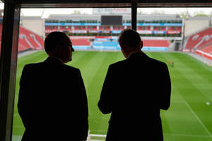 """<div class=""""Bildtext 1"""">Das Fachforum fand in Leverkusen im Fußballstadion statt. </div>"""