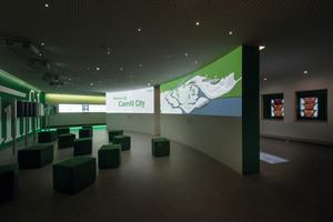 """<div class=""""bildtext_1"""">Im Camfil Experience Center erleben Besucher die digitale Welt der Luftfiltration.</div>"""