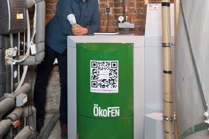 """<div class=""""bildtext_1"""">Um das Sechs-Familienhaus heute mit Wärme zu versorgen, benötigt die Pellet-Brennwertheizung von ÖkoFEN sechs Tonnen des CO2-neutralen Brennstoffs – das entspricht Heizkosten von gerade einmal rund 1.200 € im Jahr.</div>"""