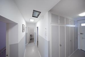 """<div class=""""bildtext_1"""">Um die schadstoffbelastete Straßburger Luft beim Lüften nicht ständig in die Wohnung zu lassen und nebenbei noch Energie zu sparen, entschied sich Marcel Blunk im Zuge der Komplettsanierung seiner Eigentumswohnung, eine Lüftungsanlage zu installieren.</div>"""