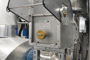 """<div class=""""bildtext_1"""">Der Zugbegrenzer """"250 SG"""" regelt die Luftzufuhr in der Abgasstrecke eines Kessels.</div>"""