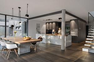 """<div class=""""bildtext_1"""">Die Form ordnet sich der Funktionalität unter: Ein Wohntraum mit viel Potential zur kreativen Veränderung im Bauhaus-Stil.</div>"""