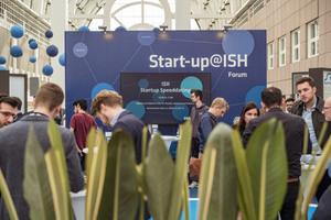 """<div class=""""bildtext_1"""">Das Start-up@ISH-Arealbot viele Möglichkeiten zum Vernetzen und zum Austausch.</div>"""