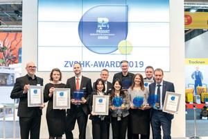 """<div class=""""Bildtext 1"""">Die Vertreter von Jung, Franke, HSK, TOTO und HEWI freuten sich über ihre Auszeichnung mit dem diesjährigen ZVSHK Produkt-Award.</div>"""