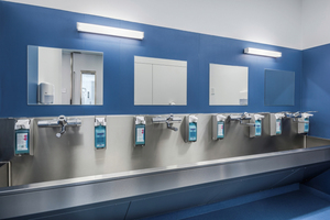 """<div class=""""bildtext_1"""">Wenn operiert wird, steht die Hygiene an allererster Stelle: Wo sich das Personal auf die Arbeit im OP vorbereitet, muss jederzeit Trinkwasser in hoher Güte zur Verfügung stehen.</div>"""