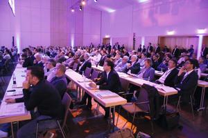 """<div class=""""bildtext_1"""">Rund 350 Teilnehmer besuchten die 5. Leading Air Convention. </div>"""
