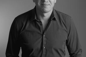 "<div class=""bildtext_1"">Volker Galonske, Marketingleiter DACH bei Resideo</div>"