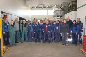 """<div class=""""bildtext_1"""">Das gesamte Team von Andreas Lohses Handwerksunternehmen war bei der Umsetzung mit dabei. </div>"""