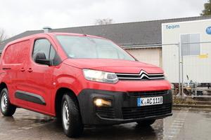 """<div class=""""bildtext_1"""">Der Testwagen: Ein """"Citroen Berlingo Worker XL"""" mit 73kW Diesel und 1.000 kg Nutzlast. </div>"""