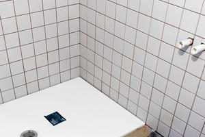 """<div class=""""bildtext_1"""">Duschplätze wurden in der Bielefelder Stayery dank der cleveren Kombi-Lösung von Bette zeitsparend und normgerecht sicher realisiert.</div>"""