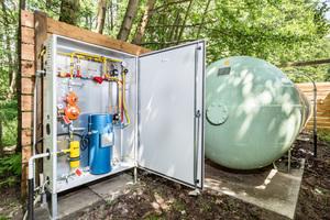 """<div class=""""bildtext_1"""">Der Verdampfer ermöglicht bei sehr kalten Außentemperaturen eine erhöhte Entnahme des Energieträgers aus dem 2,9-Tonnen-Flüssiggasbehälter.</div>"""