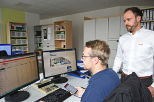 """<div class=""""bildtext_1"""">Mike Eitzenhöfer von Hilti berät das Bechert-Team rund um die Betriebsmittelverwaltung ON!Track.</div>"""
