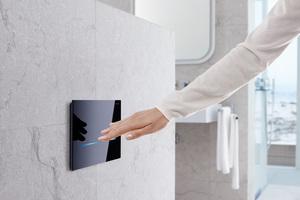 """<div class=""""Bildtext 1"""">Bedienelemente ohne Handberührung verringern die Gefahr der Keimübertragung, wie zum Beispiel die berührungslose WC-Betätigungsplatte """"Sigma80"""".</div>"""