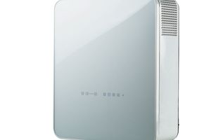"""<div class=""""bildtext_1"""">Bei kleineren Büros mit zwei bis drei Personen oder privaten Apartments empfiehlt sich die """"Freshbox 100 WiFi"""" mit einem Luftvolumen von bis zu 100 m³.</div>"""