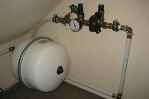 Kein Ablauf unterhalb der Sicherheitsgruppe einer Dachbodeninstallation