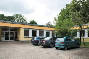 Der Kindergarten mit großem Außengelände für 70 Kinder in Dortmund liegt mitten im Grünen<br />