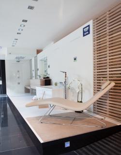 Shk profi themen bad design badm bel und ambiente for Showroom grohe barcelona