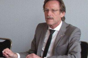 """<div class=""""bildtext_1"""">Holger Kachel, Vorstand der SHK AG</div>"""