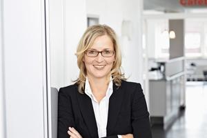 """<div class=""""bildtext_1"""">Claudia Kuntze-Raschle, Geschäftsführerin des DBL-Vertragswerks Kuntze &amp; Burgheim Textilpflege GmbH, beantwortet die wichtigsten Fragen rund um das Thema Corporate Fashion.</div>"""
