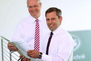 Frank Schellhöh (links) und Julian Bonato leiten gemeinsam die MHG Heiztechnik GmbH