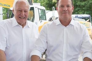 Dr. Jochen Opländer (Aktionär und Ehrenvorsitzender des Aufsichtsrats der WILO SE und Stifter der Wilo-Foundation) und Oliver Hermes (Vorstandsvorsitzender und CEO der WILO SE)