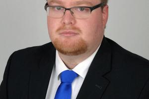 (Quelle: Koralle Sanitärprodukte GmbH) Michael Bilstein tritt im Verkaufsgebiet Bayern die Nachfolge von Koralle-Gebietsmanager Rudolf Michel an.