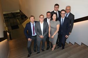 Der neue IWO-Vorstand (v.l.n.r.): Volker Ebeling, Holger Mark, Martin Heins, Christiane Giesen, Rainer Scharr, Jan Petersen und der Vorsitzende Jörg Debus. Foto: IWO